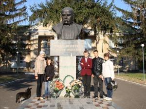 пам'ятник Шевченко